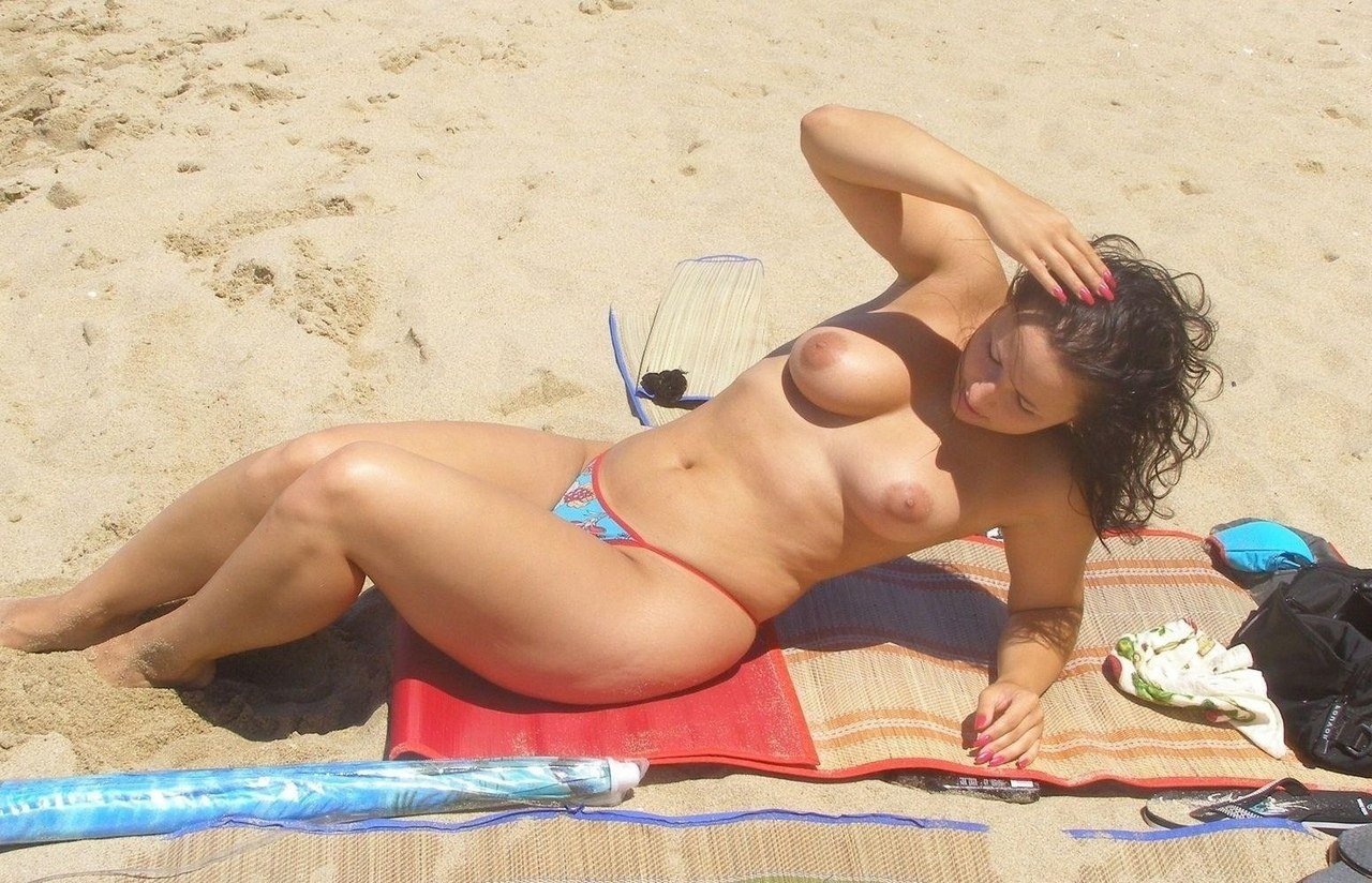Nude Beach Pictures And Photos Of Girls